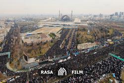 تصاویر هوایی از صفوف فشرده نمازگزاران تهران در جمعه انقلابی