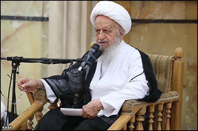 حضور در راهپیمایی 22 بهمن و انتخابات را شرعا واجب می دانم