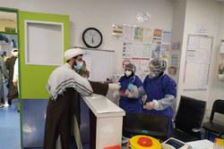 تقدیر جمعی از طلاب از پزشکان و پرستاران فعال در درمان بیماران مبتلا به کرونا
