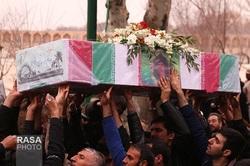 شهدای تازه تفحص شده در اصفهان تشییع و خاکسپاری شدند+عکس