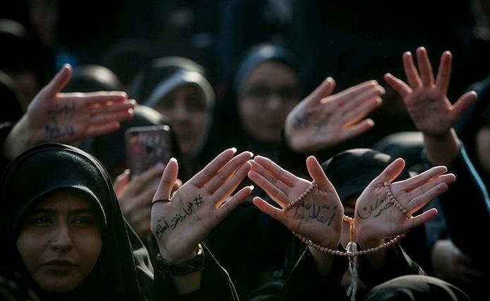 تصویرسازی دروغین از نقش زنان در انقلاب اسلامی
