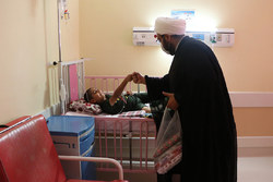 حضورخدام حرم علی بن مهزیاردر بیمارستان ابوذر اهواز